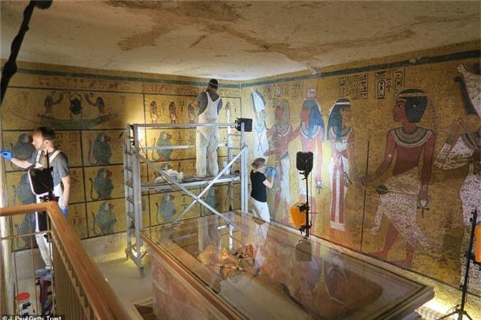 Mo lang mo vua Tutankhamun, choang vang vi canh tuong nay