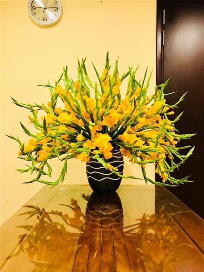 Những loại hoa trang trí nhà mà chỉ cần nhìn thấy là gợi nhớ đến Tết xưa - Ảnh 2.