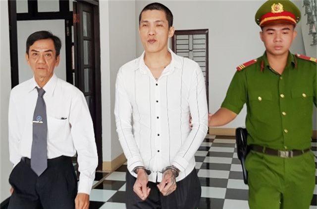 Rút đơn kháng cáo, thanh niên giết mẹ chấp nhận án tù chung thân - 1
