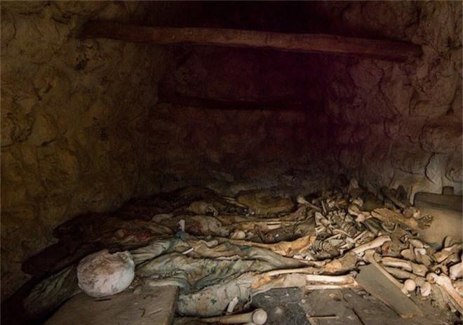 Bí mật rùng rợn của Thành phố người chết ở Nga: Một đi, vĩnh viễn không trở về - Ảnh 6.