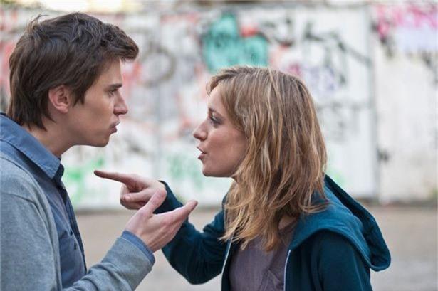 Phát hiện bạn gái đóng phim người lớn, chàng trai tìm đến làm cho ra lẽ thì nhận được lời đáp khiến anh cứng họng - Ảnh 2.
