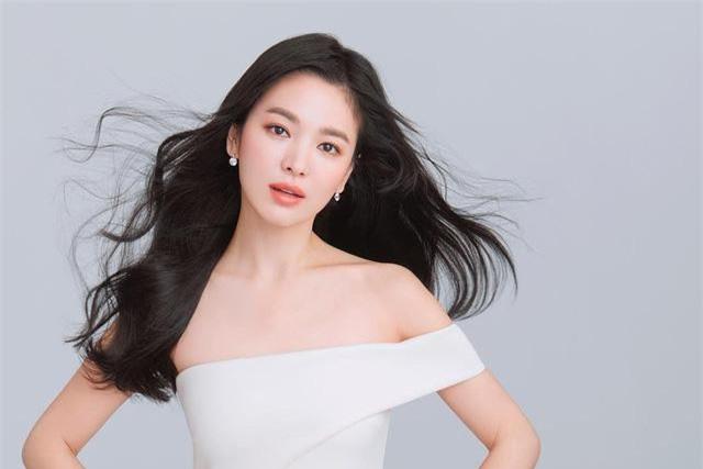 Bức ảnh gây sốt trên trang cá nhân của Song Hye Kyo.