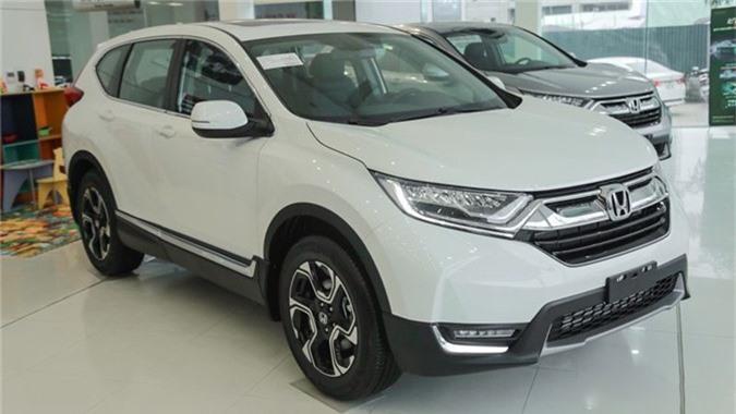 Đánh giá chi tiết Honda CR-V 2019. Dưới đây là chi tiết 3 phiên bản, 6 màu của Honda CR-V 2019 - mẫu xe nhập khẩu duy nhất trong danh sách 10 ô tô bán chạy năm 2018. (CHI TIẾT)