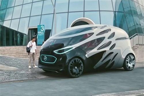 Clip: Top 5 mẫu xe hơi tự động ấn tượng trong tương lai. Tự dừng xe nhường đường cho người đi bộ, tính toán quãng đường di chuyển, hay thậm chí biến hình thành xe mui trần độc đáo,... những mẫu xe này xứng đáng lọt top 5 mẫu xe ấn tượng nhất trong tương lai. (CHI TIẾT)