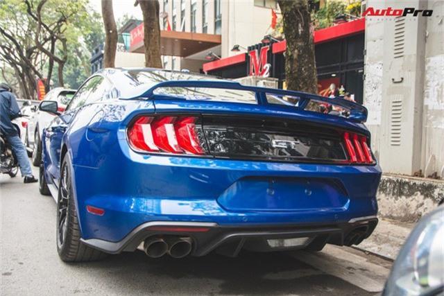 Chủ xe Ford Mustang GT 2019 thứ 2 tại Việt Nam quyết không đụng hàng khi sở hữu bộ ghế ngàn đô - Ảnh 5.