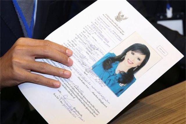"""Chân dung """"bóng hồng"""" hoàng gia tranh cử thủ tướng Thái Lan - 11"""