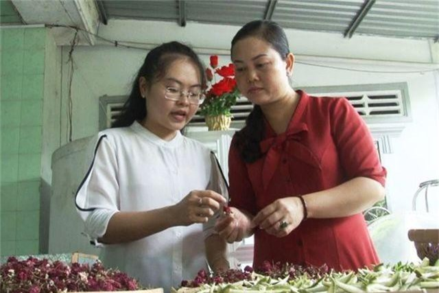 Cô giáo 9X ở làng hoa Sa Đéc khởi nghiệp với trà hoa - 2