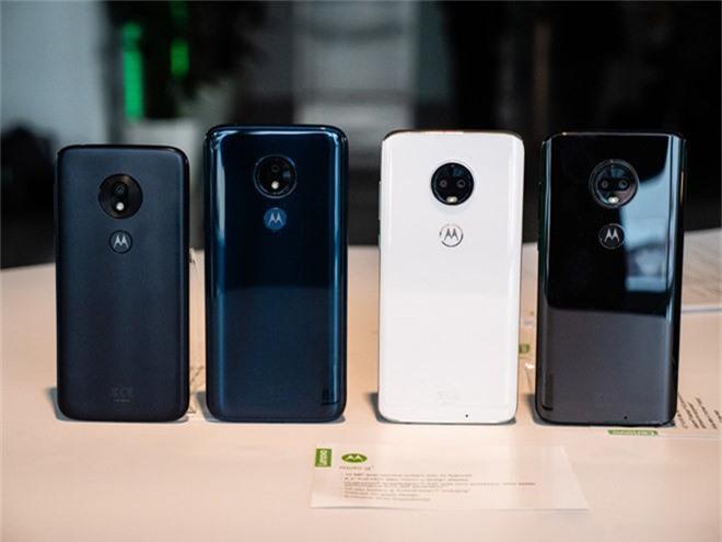 Motorola ra mat 4 chiec dien thoai G7, gia tu 200 USD
