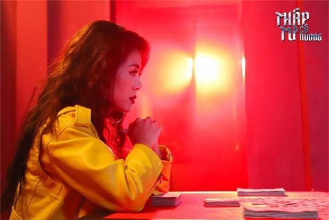 Nam Thư làm gái giang hồ, diễn cảnh nóng trong phim Thập Tứ cô nương - Ảnh 3.