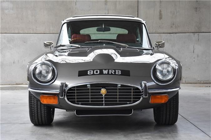Thiết kế đầu xe Jaguar E-Type 3 2+2