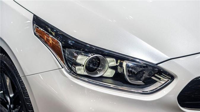 Thiết kế dãy đèn LED chạy ngày.