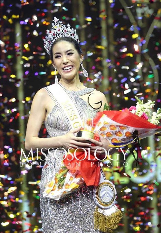Hoa hậu Toàn cầu Sophia Ng người Hong Kong.
