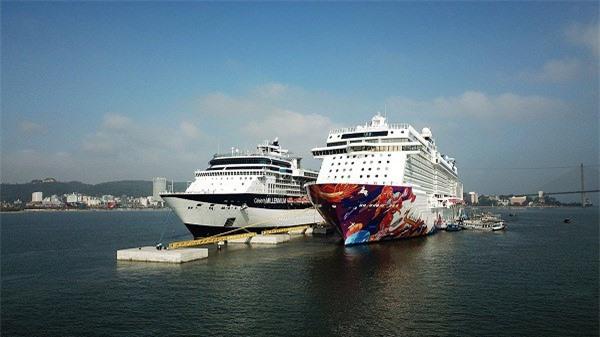 Quảng Ninh là địa phương đầu tiên sở hữu cảng tàu khách du lịch chuyên biệt.