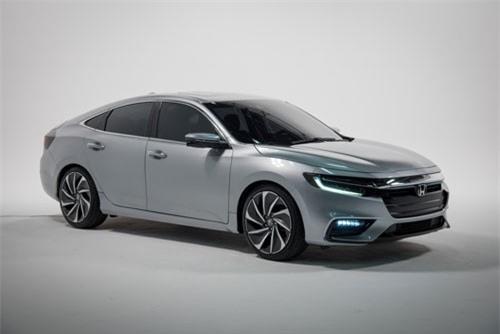 5. Honda Insight 2019 (giá khởi điểm: 22.930 USD).
