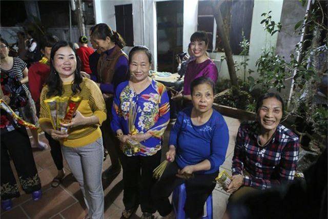 Đêm rước lửa thiêng cầu may mắn của dân làng Hà Nội - 2