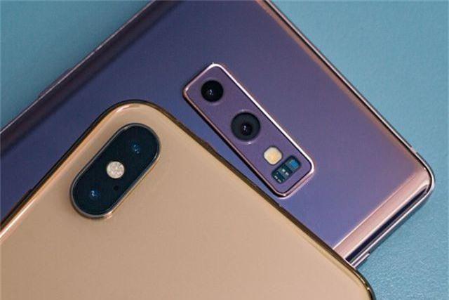 Thị trường smartphone cao cấp tại Việt Nam: Samsung đè bẹp Apple? - 2