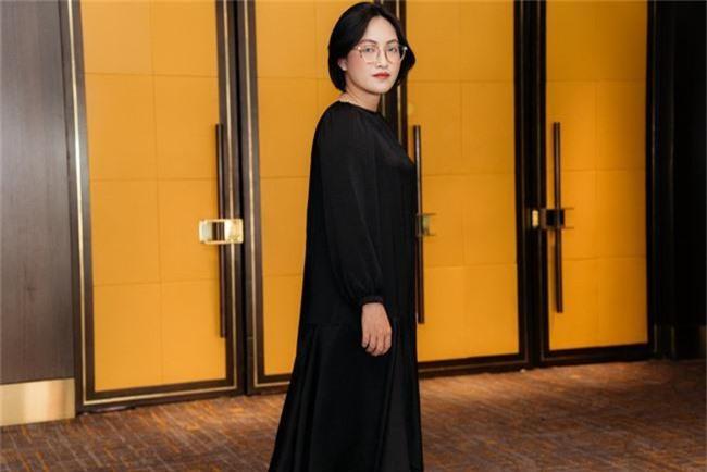 Nàng Bống Hồng Nhung điệu đà váy xuyên thấu, lần đầu hợp tác cùng Hà Anh Tuấn - Ảnh 4.