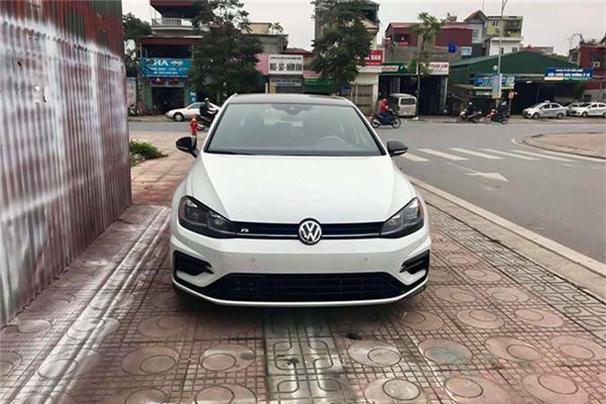 Volkswagen Golf R tien ty hoan toan moi ve Viet Nam-Hinh-2