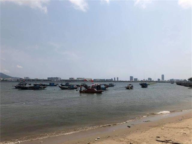 Nghi án bố giết con gái 8 tuổi, ném xác xuống sông phi tang - 1