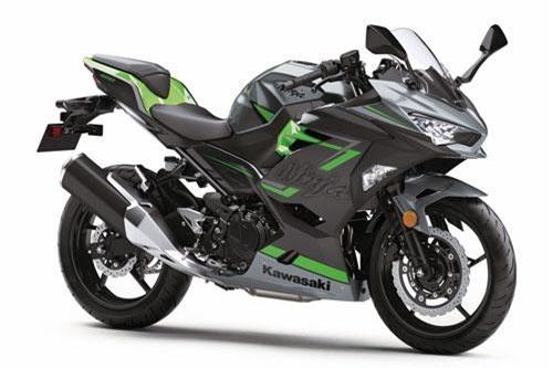 Ngắm môtô 399cc của Kawasaki, giá 159 triệu tại Việt Nam. Kawasaki Ninja 400 2019 hiện đang được bán với giá 159 triệu đồng tại thị trường Việt Nam. Dưới đây là những hình ảnh và thông số kỹ thuật của mẫu sportbike này. (CHI TIẾT)