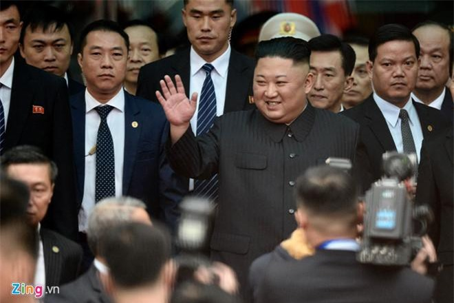 Chủ tịch Triều Tiên Kim Jong-un tới ga Đồng Đăng, Lạng Sơn sáng 26/02/2019. (Ảnh: Zing)