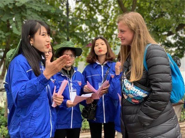 Bạn trẻ quảng bá du lịch Hà Nội nhân Hội nghị thượng đỉnh Mỹ - Triều Tiên - 1
