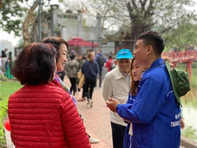 Bạn trẻ quảng bá du lịch Hà Nội nhân Hội nghị thượng đỉnh Mỹ - Triều Tiên - 3
