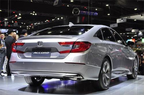 Đây là dòng sedan phổ thông rất bắt mắt của Honda.