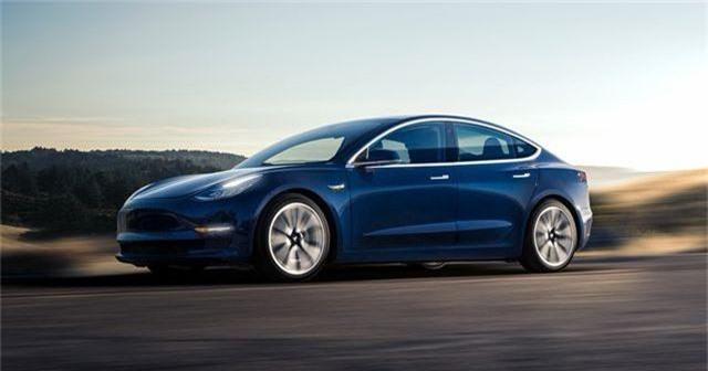 Xe Tesla giá rẻ chính thức có mặt trên thị trường. Gần hai năm sau màn ra mắt