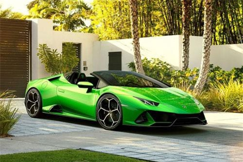 Cận cảnh siêu xe mui trần Lamborghini mạnh 630 mã lực, giá gần 7 tỷ. Lamborghini Huracan Evo Spyder vừa được ra mắt trước thềm triển lãm Geneva Motor Show 2019. Siêu xe mui trần này được trang bị động cơ V10 cho công suất 630 mã lực. (CHI TIẾT)