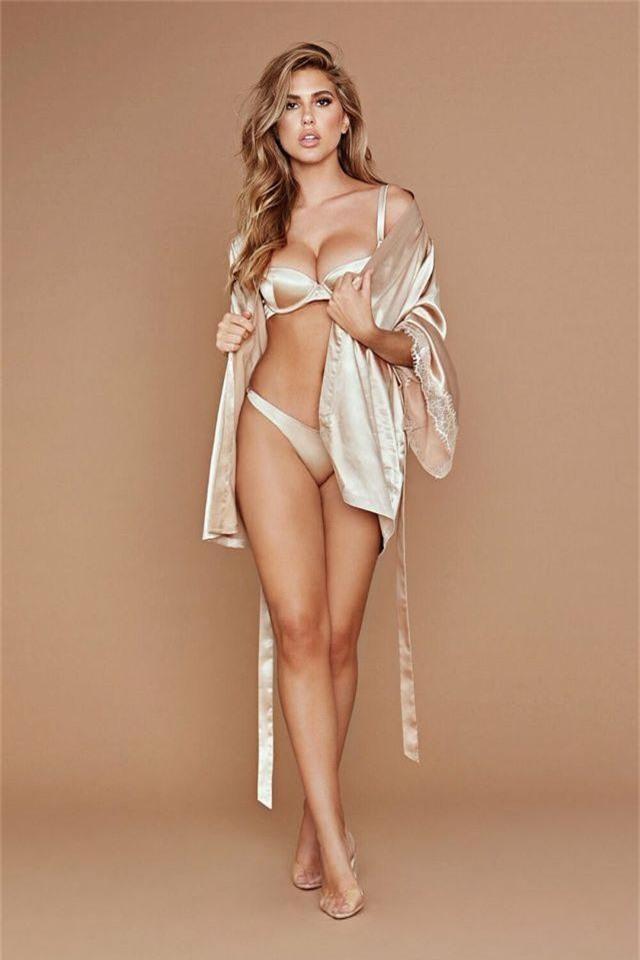 Kara Del Toro nóng bỏng từng centimet - 1