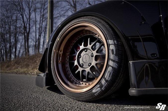 Ngắm mui trần Porsche 911 Cabriolet độ widebody RWB cực độc ảnh 3