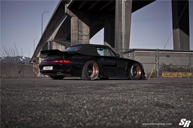 Ngắm mui trần Porsche 911 Cabriolet độ widebody RWB cực độc ảnh 4