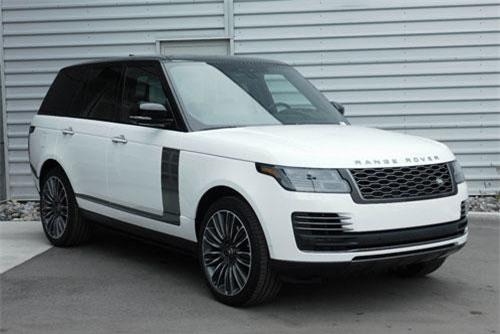 3. Land Rover Range Rover SVAutobiography (giá khởi điểm: 209.495 USD).