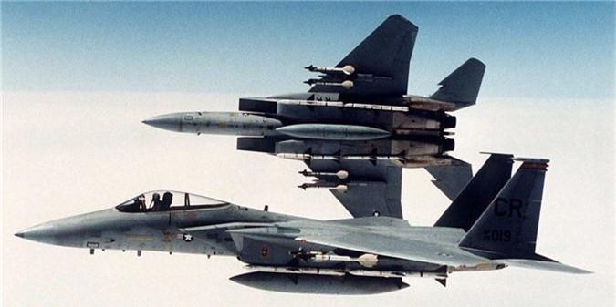 F-15 My bong nhien vut sach ten lua giua troi: Bi an ly do!-Hinh-5