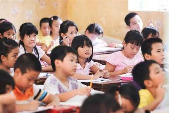 Giảm tải số lớp học có quá đông học sinh, Hà Nội tuyển sinh giáo viên