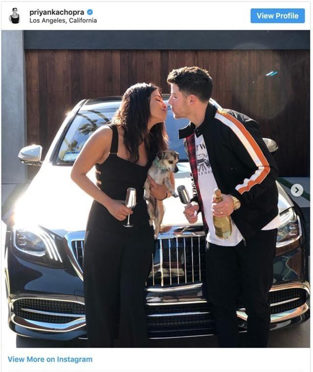 Nick Jonas mua xe sang tặng vợ, ăn mừng ca khúc mới đạt hạng nhất - Ảnh 1.