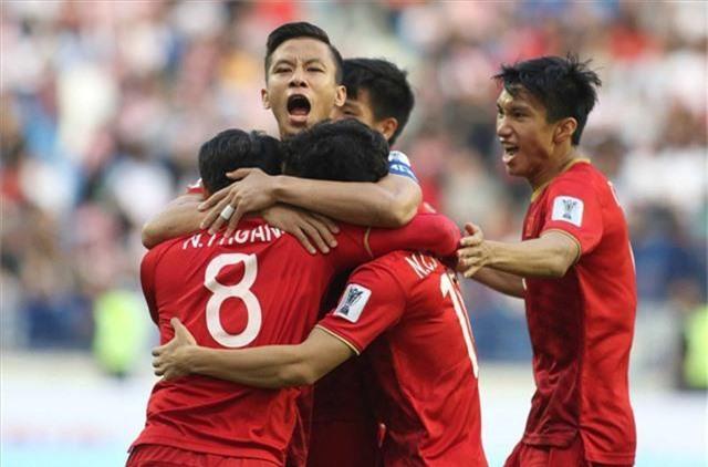 ĐT Việt Nam tham dự Kings Cup 2019 tại Thái Lan - Ảnh 1.