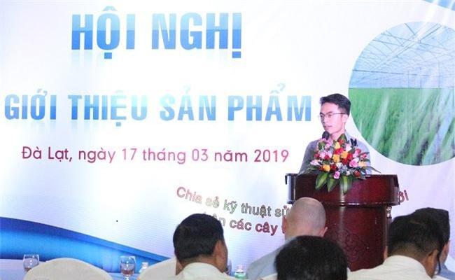 Giám đốc Công ty Finom phát biểu khai mạc hội nghị (Ảnh: VH)