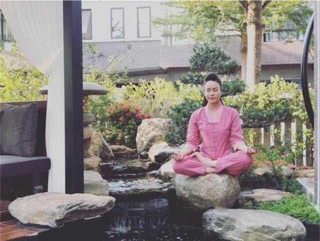 Khám phá căn biệt thự triệu đô ngập hàng hiệu xa xỉ của Nhật Kim Anh - 5