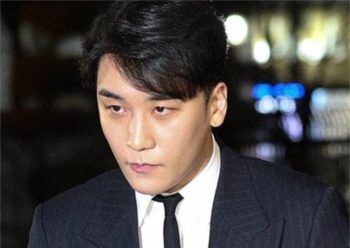 Rò rỉ video phụ nữ bị chuốc thuốc, hiếp dâm trong trạng thái vô thức tại hộp đêm Burning Sun của Seungri - Ảnh 3.