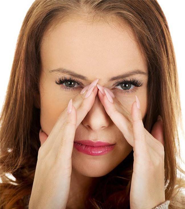 Những bài tập giúp mũi thon gọn không cần phẫu thuật thẩm mỹ - Ảnh 2.
