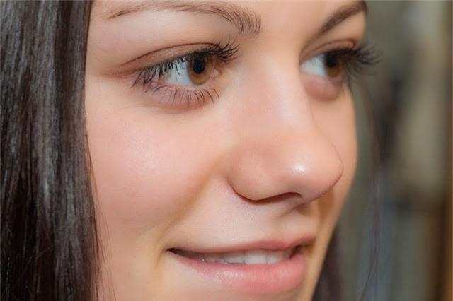 Những bài tập giúp mũi thon gọn không cần phẫu thuật thẩm mỹ - Ảnh 8.
