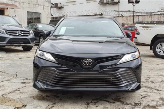 Toyota Camry XLE 2019.