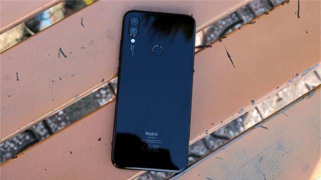 Trên tay Redmi Note 7 cấu hình mạnh giá dưới 6 triệu đồng - 1