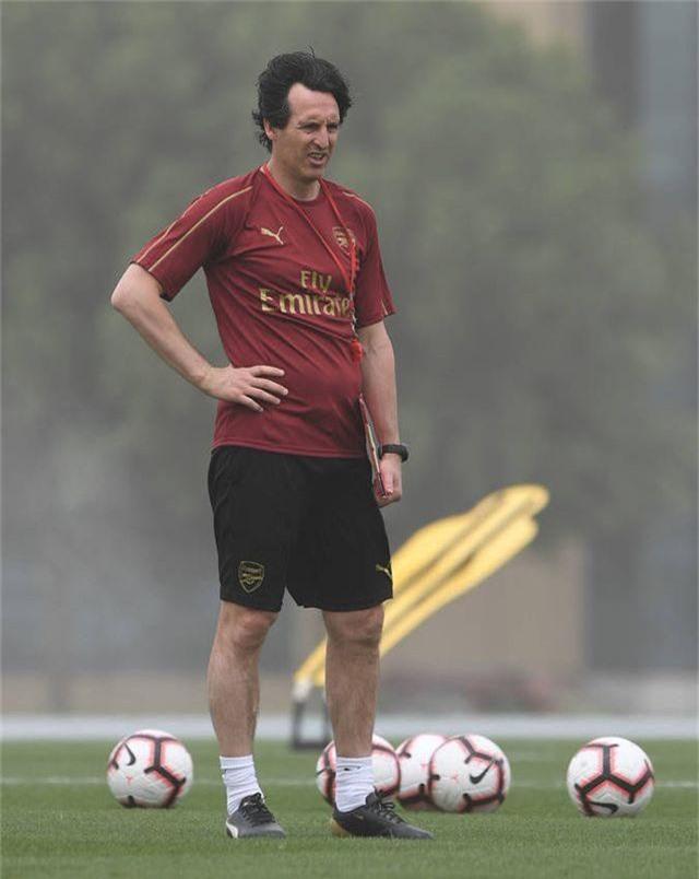 Emery.jpg