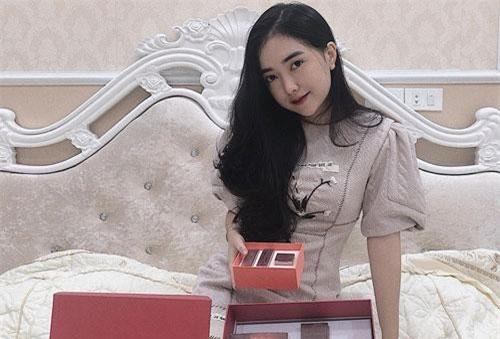 Cả Đức Chinh và Hà Trang chưa bao giờ lên tiếng về mối quan hệ tình cảm.