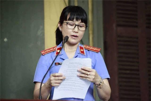 Đang tuyên án vụ ly hôn vợ chồng chủ cà phê Trung Nguyên - 2