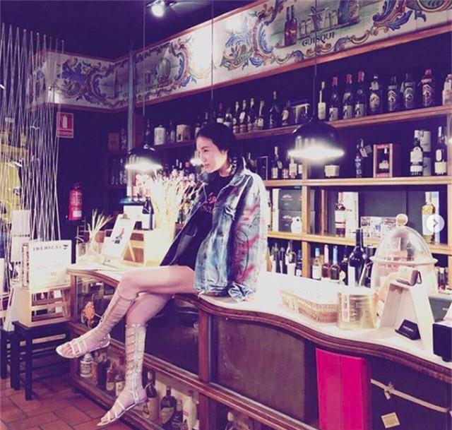 Chân dung ái nữ tỉ phú Singapore xinh đẹp, được ví như yêu nữ hàng hiệu - 1