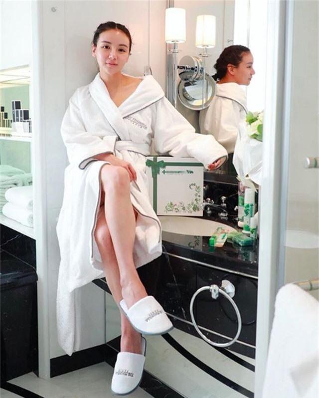 Chân dung ái nữ tỉ phú Singapore xinh đẹp, được ví như yêu nữ hàng hiệu - 14